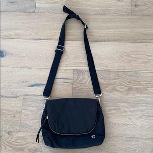 Lululemon crossbody bag black silver